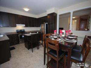Home4All Furnished Suites Milton