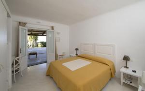 Capofaro Locanda & Malvasia, Hotels  Malfa - big - 4