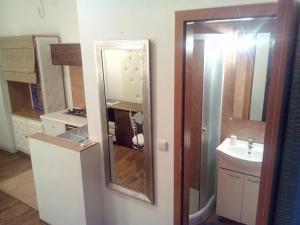Collins Apartments, Appartamenti  Pola - big - 17