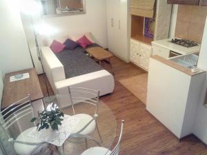 Collins Apartments, Appartamenti  Pola - big - 21