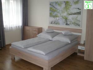 Sibiu-Heim-Apart, Apartmány  Sibiu - big - 5
