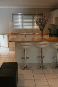 Bunkers Self Catering, Apartmanok  East London - big - 7