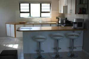 Bunkers Self Catering, Apartmány  East London - big - 6