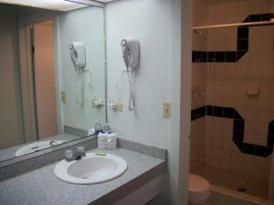 Hotel Villa Fontana Inn, Hotel  Ensenada - big - 5