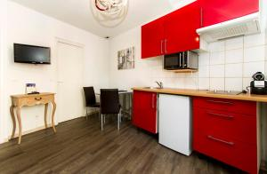 Florella République Apartment, Apartmány  Cannes - big - 33