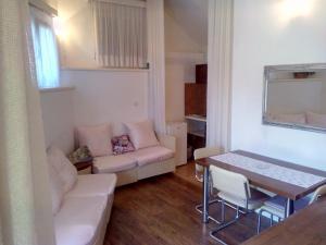 Collins Apartments, Appartamenti  Pola - big - 27