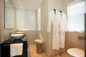 Periwinkle Lodge Guest House, Penzióny  Plettenberg Bay - big - 12