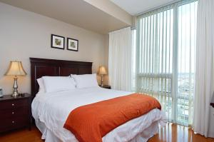 Whitehall Suites - Mississauga Furnished Apartments, Apartments  Mississauga - big - 21