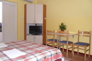 Apartments Marović, Apartmány  Luštica - big - 7