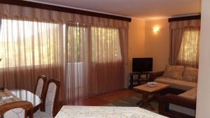 Apartments Marović, Apartmány  Luštica - big - 57