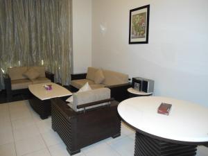 Al Tayyar Suites & Hotel Apartments - Riyadh(Families Only), Aparthotels  Riad - big - 20