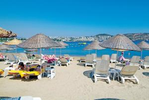 Costa 3S Beach Club - All Inclusive, Szállodák  Bitez - big - 163