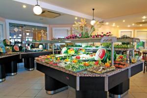Costa 3S Beach Club - All Inclusive, Szállodák  Bitez - big - 168