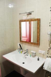 Hotel Сomplex Ak-Zhaik, Hotely  Karagandy - big - 8