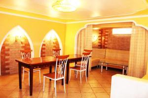 Hotel Сomplex Ak-Zhaik, Hotely  Karagandy - big - 122