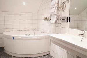 Hotel Skansen, Hotely  Färjestaden - big - 7