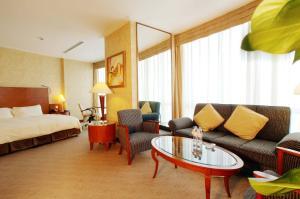 Hotel Nikko Dalian, Отели  Далянь - big - 11