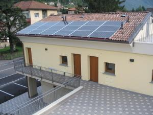 Residence Borgo Del Cigno, Apartmánové hotely  Spinone Al Lago - big - 26