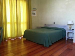 Borgonuovo, Hotels  Marene - big - 8