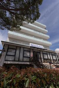 Hotel Beau Soleil, Отели  Чезенатико - big - 67