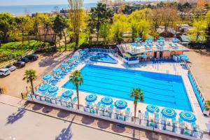 Hotel Beau Soleil, Отели  Чезенатико - big - 49