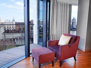 Luxury Two-bedroom Apartment with Tower View