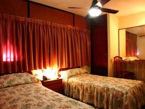 Hotel Torino, Hotel  San Nicolás de los Arroyos - big - 20