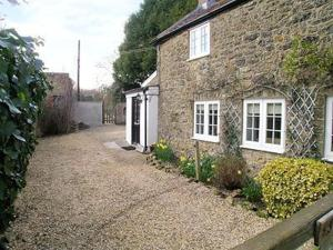 First Step, Cottages  Misterton - big - 2