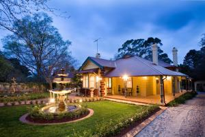 Mountain Whispers Luxury Accommodation