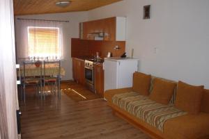 Penzion Tatry, Appartamenti  Veľká Lomnica - big - 5