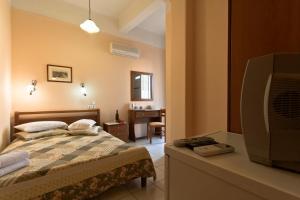 Mirabello Hotel, Hotels  Iraklio - big - 32