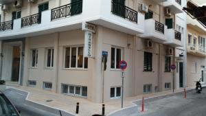 Mirabello Hotel, Hotels  Iraklio - big - 23
