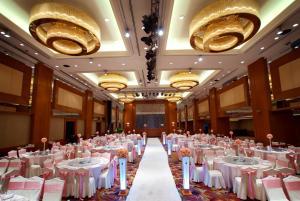 Hotel Nikko Dalian, Отели  Далянь - big - 34