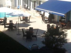 Citotel Le Mirage, Hotely  Istres - big - 36