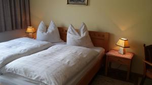 Kreuzhof, Bed and Breakfasts  Seefeld in Tirol - big - 38