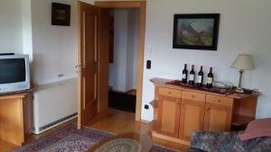 Kreuzhof, Bed and Breakfasts  Seefeld in Tirol - big - 23
