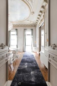 hotel c2 marseille france j2ski. Black Bedroom Furniture Sets. Home Design Ideas