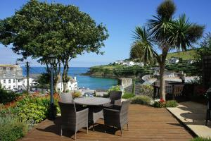 Portmellon Cove Guest House, Bed & Breakfasts  Mevagissey - big - 43