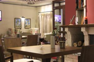 Hotel Rodovoli, Hotels  Konitsa - big - 80