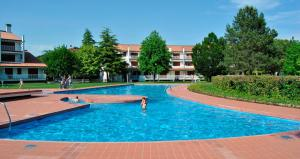 Residence Selenis, Apartments  Caorle - big - 97