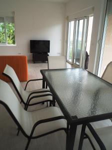Apartments Ekatarina, Ferienwohnungen  Tivat - big - 9