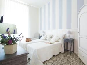 Lungomare Rooms & Charme - AbcAlberghi.com