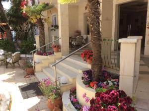 Bueno Hotel, Residence  Platanes - big - 84