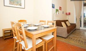 Standard Two-Bedroom Apartment with balcony - Asturias