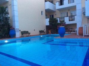 Bueno Hotel, Residence  Platanes - big - 23