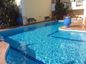 Bueno Hotel, Residence  Platanes - big - 79