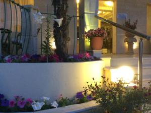 Bueno Hotel, Residence  Platanes - big - 49