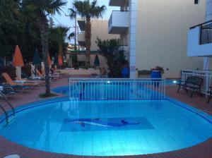 Bueno Hotel, Residence  Platanes - big - 42