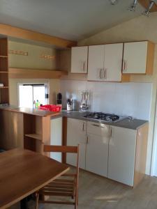 Mobile Homes Camping Biograd, Комплексы для отдыха с коттеджами/бунгало  Биоград-на-Мору - big - 9