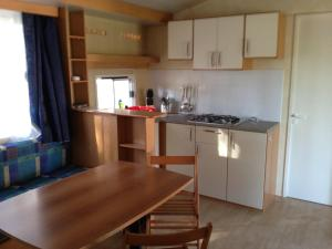 Mobile Homes Camping Biograd, Комплексы для отдыха с коттеджами/бунгало  Биоград-на-Мору - big - 6